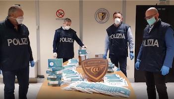 Sito di Napoli vendeva online falsi kit per analisi Covid-19 e mascherine