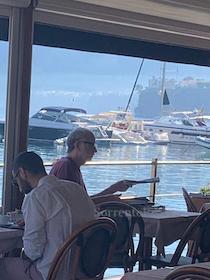 Colazione al porto di Sorrento per Francesco De Gregori