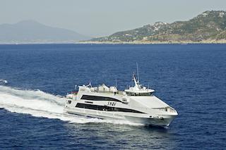 Ripartono i collegamenti marittimi di Snav nel segno della sicurezza