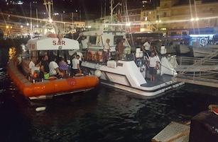 Barca in avaria con 14 persone a bordo soccorsa a Capri