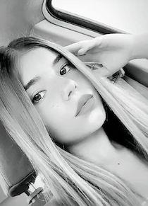 Esce il singolo d'esordio di Giulia Es giovane cantante di Sorrento