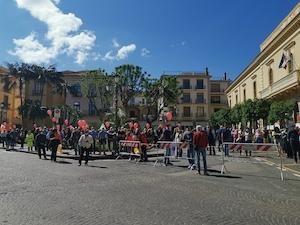Stagionali del turismo senza tutele, manifestazione a Roma