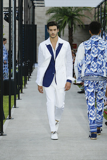 La nuova collezione Dolce & Gabbana ispirata al Parco dei Principi di Sorrento