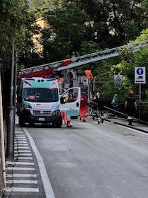 Aveva 66 anni l'uomo che si è suicidato questa mattina a Sorrento