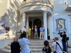 Al via il SyArt Sorrento Festival 2020, evento per la ricerca contro il Covid