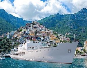 A Sorrento la presentazione di Patrizia motor yacht di lusso di Nlg
