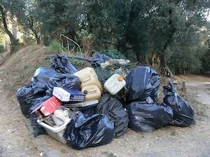 Rifiuti da riciclare conferiti con l'indifferenziata, multe a Sorrento