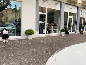 Serrata dei commercianti di Sorrento: #Siamoaterra – foto –