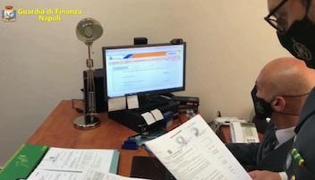 In provincia di Napoli 700 furbetti del bonus Covid, hanno incassato 250mila euro