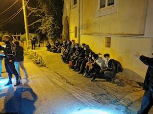 Migranti a Massa Lubrense, polemiche per il post del presidente del Parco