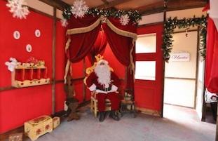 Babbo Natale incontra i suoi piccoli amici alla Villa Fiorentino di Sorrento
