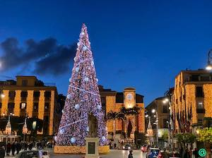 Accese le luminarie natalizie a Sorrento
