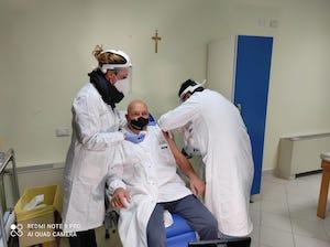 Caos al centro vaccinale di Piano di Sorrento, attesa di 4 ore