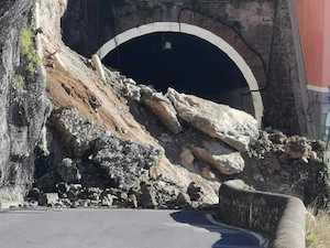 Riaperta al transito l'Amalfitana dopo la frana di febbraio