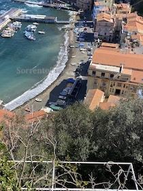Sorrento. Il sindaco ordina di rimuovere le barche non autorizzate dalla spiaggia di Marina Grande