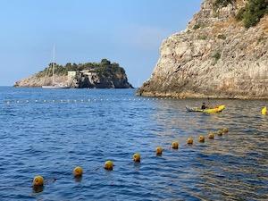 Niente più barche a Crapolla, posizionate le boe