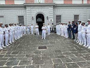 Il Comandante Generale della Guardia Costiera porta il sostegno alla Capitaneria stabiese