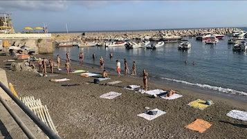 occupazione-grande-onda-spiaggia