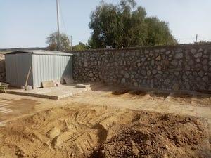 Ripulito il cimitero di Sant'Agata sui due Golfi, dura replica del sindaco