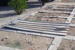 degrado-cimitero-massa-2