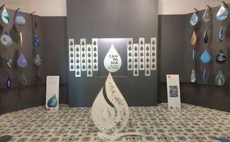 """L'installazione artistica """"Gocce d'Acqua"""" a Sorrento ancora fino a domenica"""