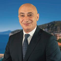 Giunta Piano di Sorrento, Vincenzo Iaccarino all'attacco